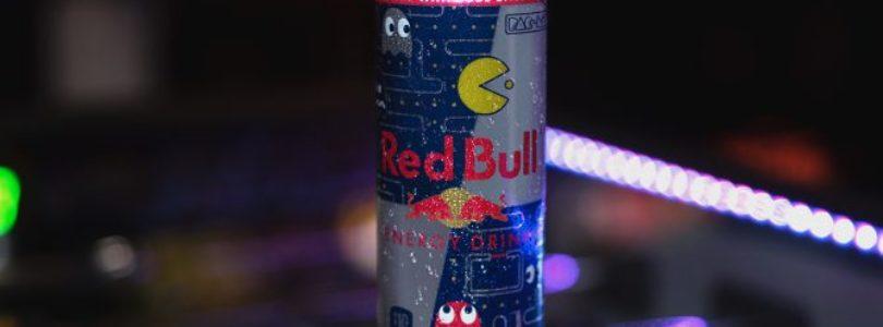[NEWS] Pac-Man sta collaborando con Red Bull per aiutarti a ricordare gli anni 80